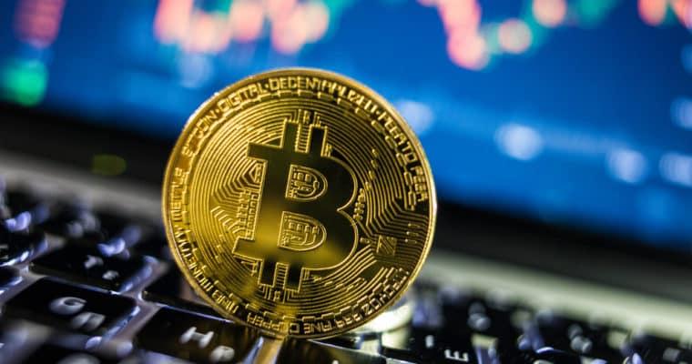 Bitcoin lutando para se manter