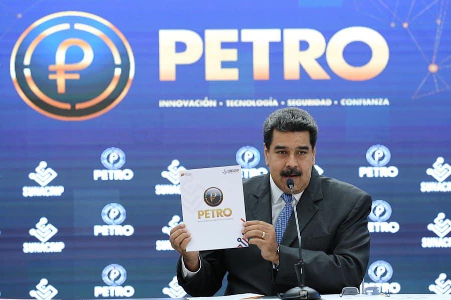 Maduro promete 30 milhões de barris de petróleo para apoiar criptomoeda instável