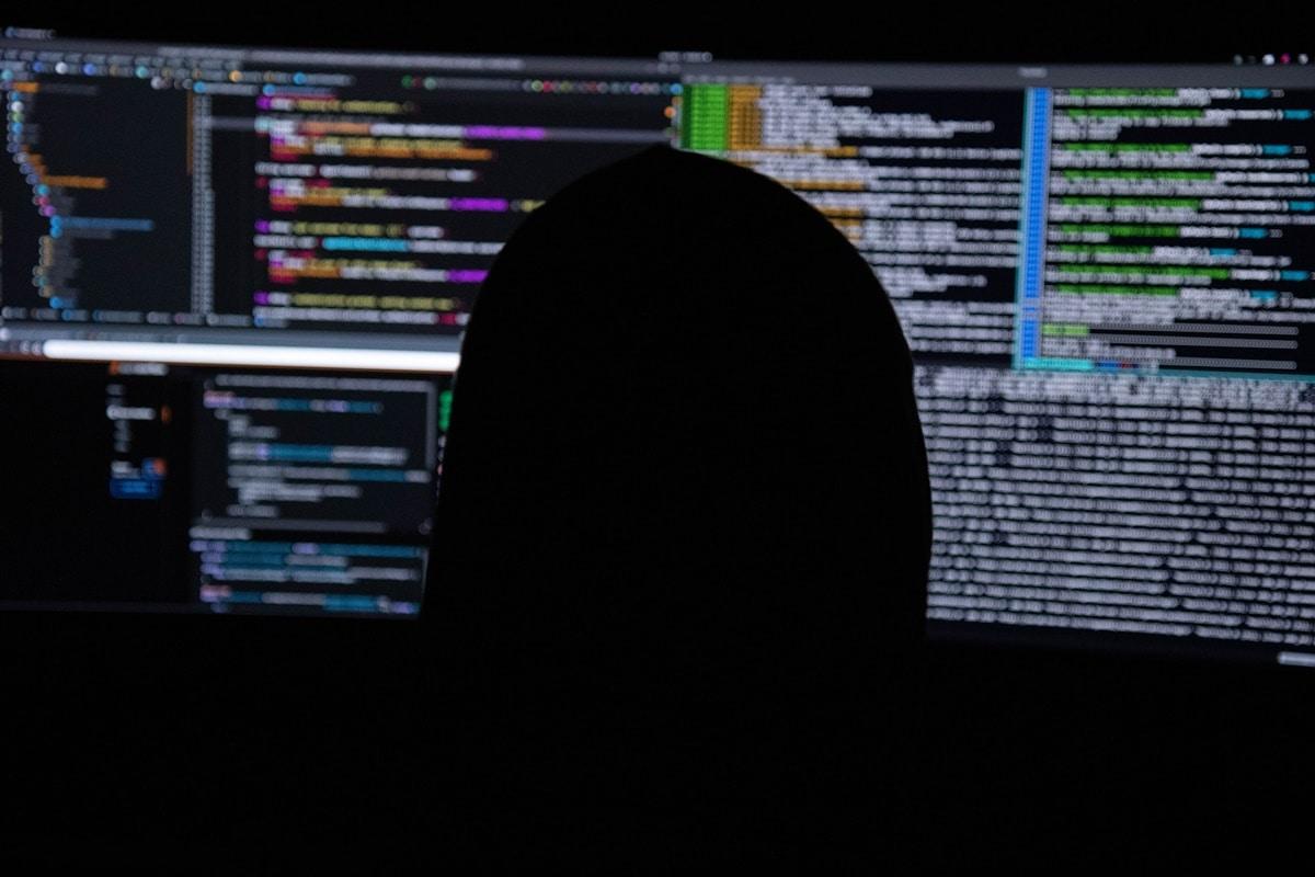 Botnet explora servidores SQL para instalar o aplicativo de mineração