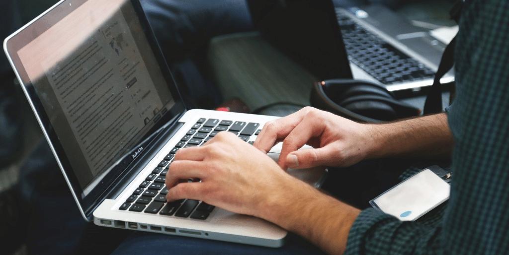 Este indivíduo recuperou um laptop antigo com mais de 530 Bitcoins