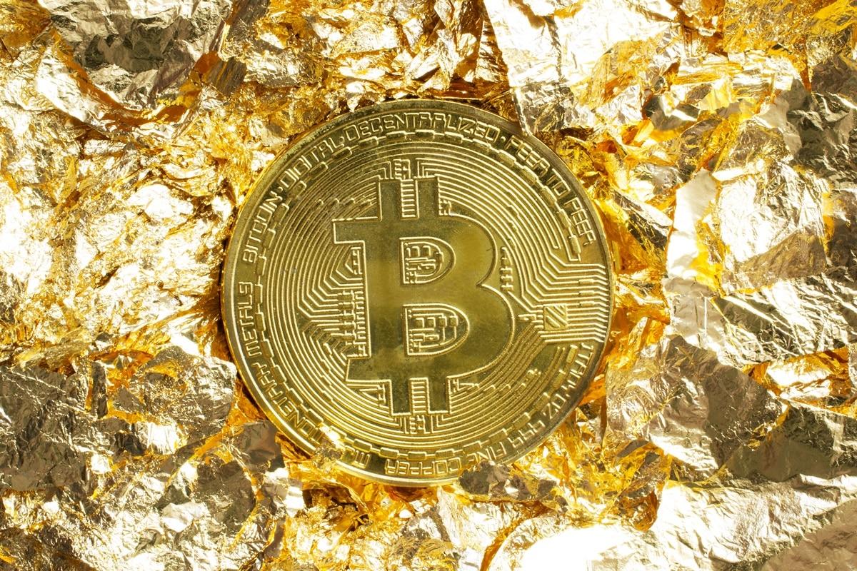 Mundo não adotará Bitcoin ou Padrão Ouro