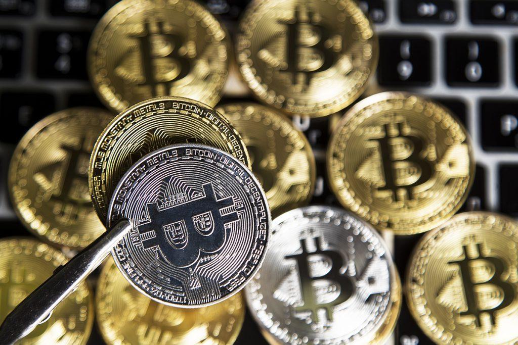 História de investimento em prata x investimento em bitcoin