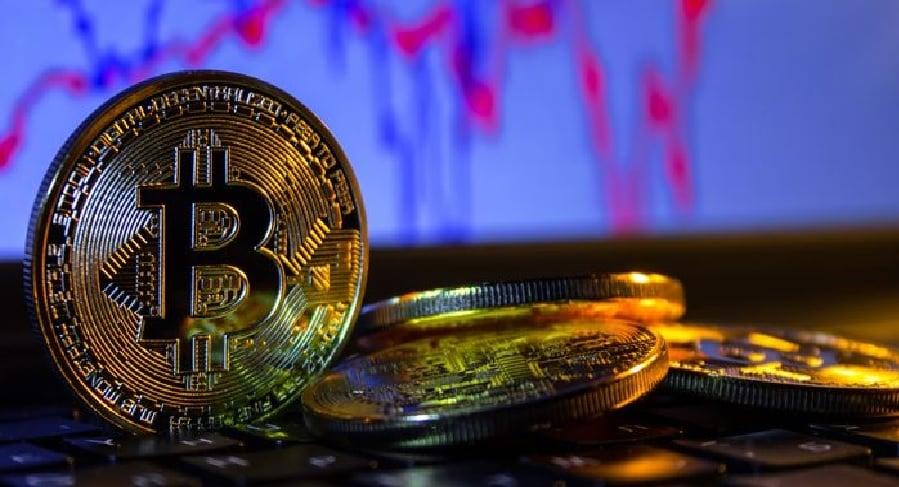 Bitcoin (BTC) cai durante o fim de semana - o atropelamento acabou?