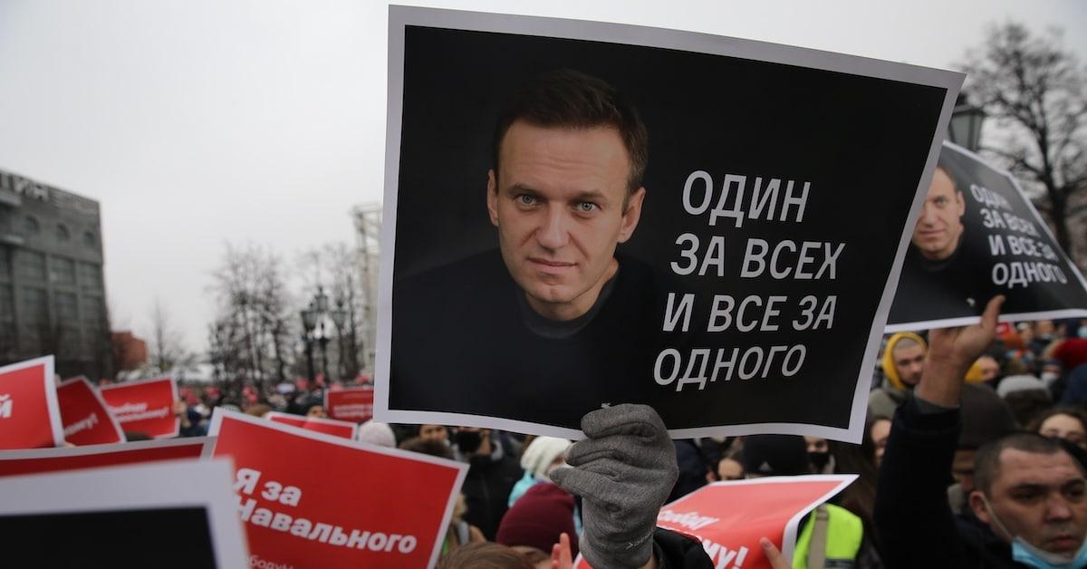 Russos doam US$ 120.000 de BTC para a libertação de Navalny