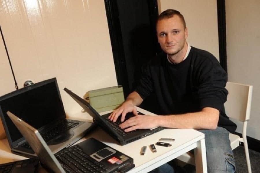 Homem oferece US$ 72 milhões pra recuperar disco rígido com 7.500 BTC