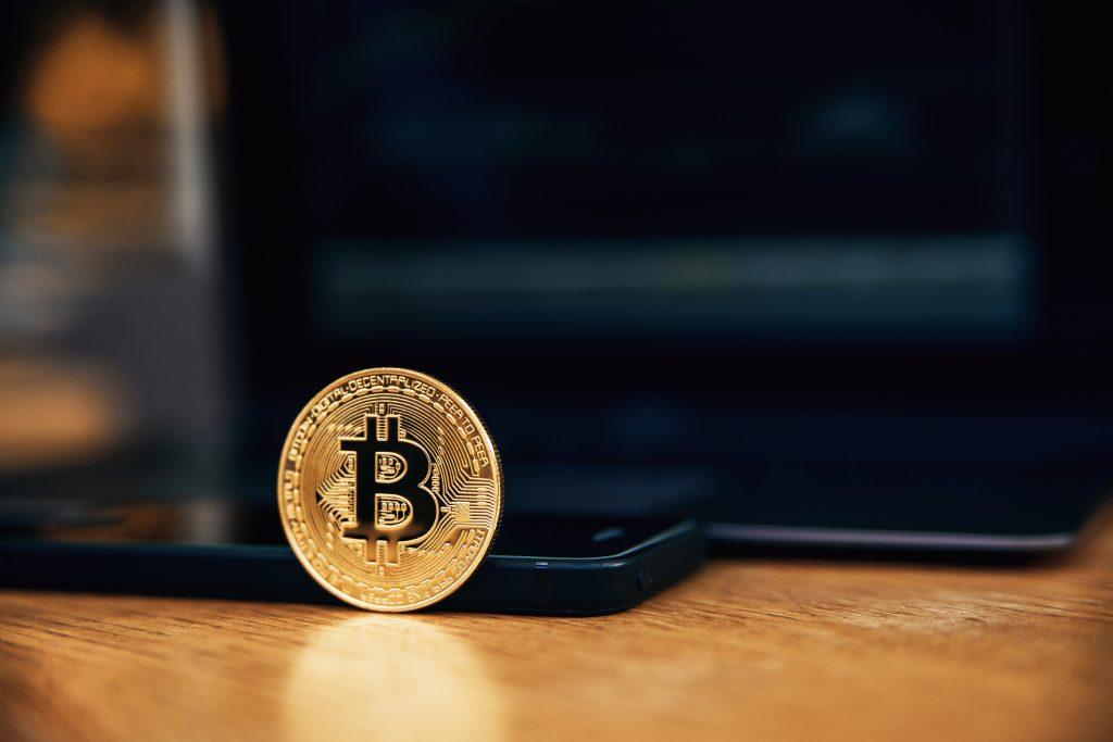 Investidores ainda não possuem conhecimento em criptomoedas