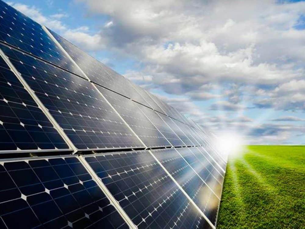 Mineradores de Bitcoin lucram com energia solar