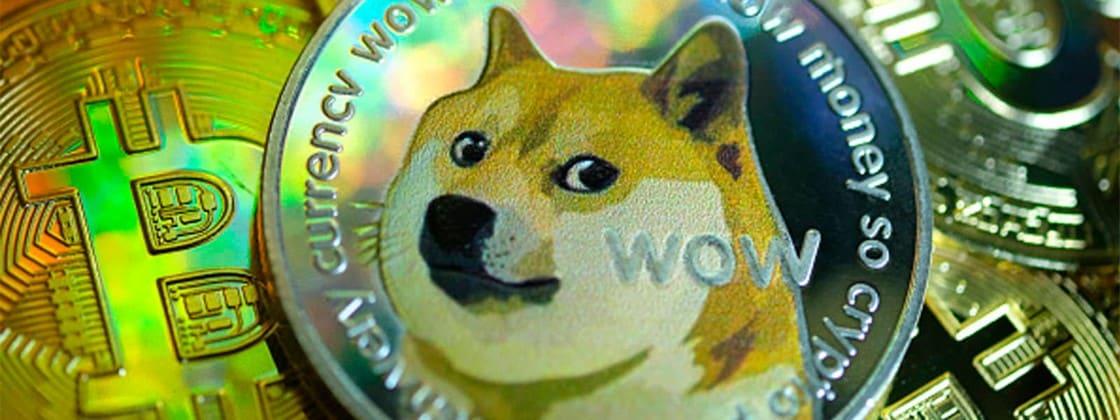 Dogecoin e Bitcoin caíram enormemente e impactaram todo o mercado de criptomoedas