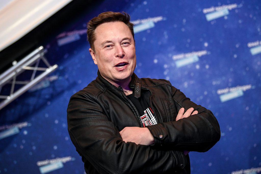 Elon Musk reafirma sua lealdade em relação às criptomoedas