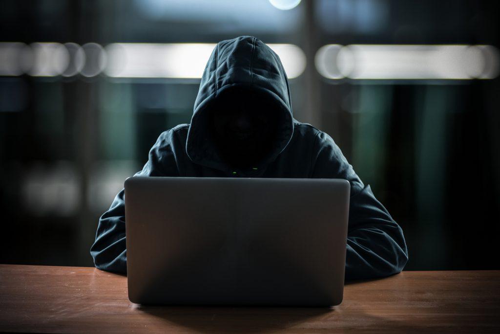 Projeto DeFi baseado em Ethereum hackeado, US$ 11 milhões roubados.