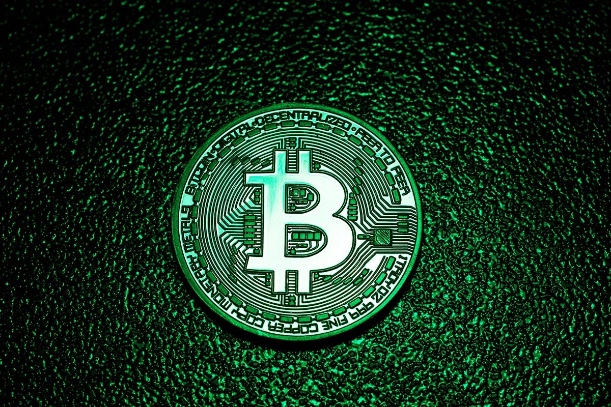 Elon Musk estabelece quando Tesla começará a aceitar pagamentos em Bitcoin